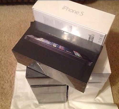 1st picture of WHOLESALE! APPLE iPHONE 5 64GB/32/14 FACTORY UNLOCKED BLACK/ WHITE. For Sale in Cebu, Philippines