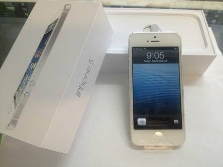 1st picture of Brand New Apple iPhone 5 Factory Unlocked For Sale in Cebu, Philippines