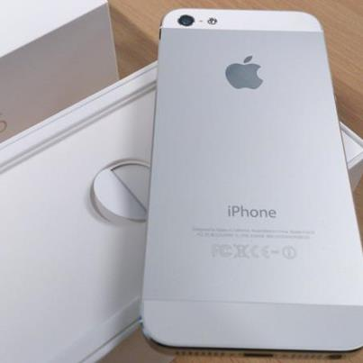 1st picture of Buy 2 Get 1 Apple iPhone 5 64GB cost 450usd For Sale in Cebu, Philippines