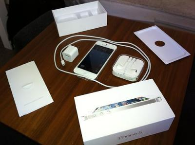 1st picture of FOR SALE : HTC One X / Apple iPhone 5 64gb / 4s 64gb / iPad Mini / iPad4 ( BUY 3 GET 1 FREE ) For Sale in Cebu, Philippines