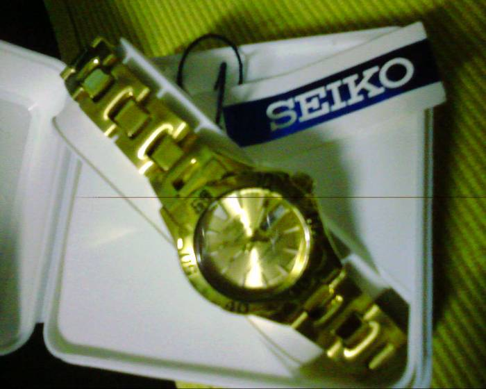 Seiko 5 Sports 21 Jewels Gold Plated For Women For Sale