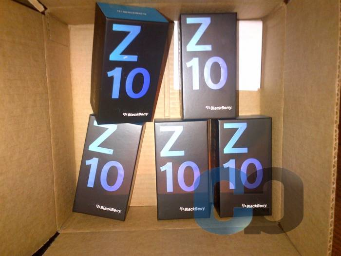 4th picture of Sell New: BB Z10 & BB Q10 / BB Porsche 9981 Black With Special Pins For Sale in Cebu, Philippines