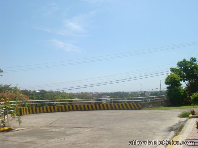 2nd picture of For rent  1 BR Executive apartment in Talamban For Rent in Cebu, Philippines