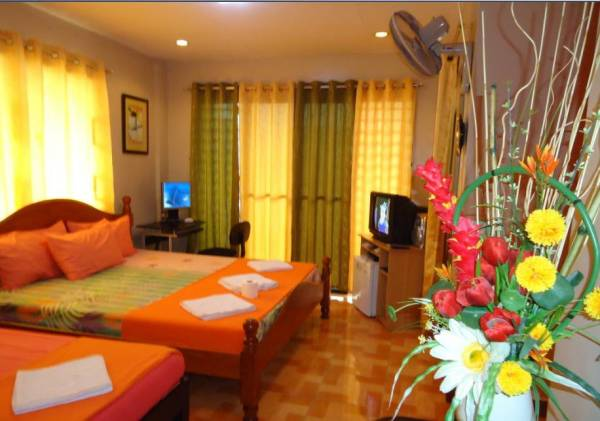 1st picture of Cebu Fully-furnished Transient Rooms at P1,200 /day Total Good for 3 Persons Already For Rent in Cebu, Philippines