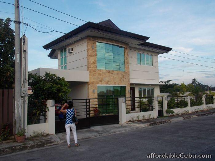 Rush Sale House & Lot in Marigondon Mactan with Swimming Pool