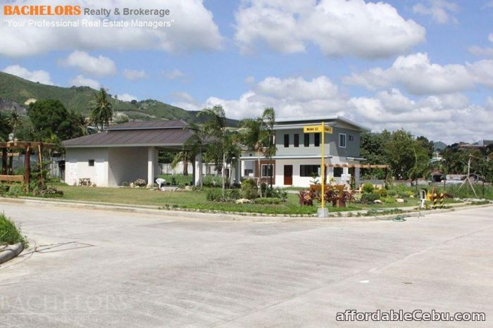 4th picture of 3 bedroom Single Detached House and Lot in Banawa For Sale in Cebu, Philippines