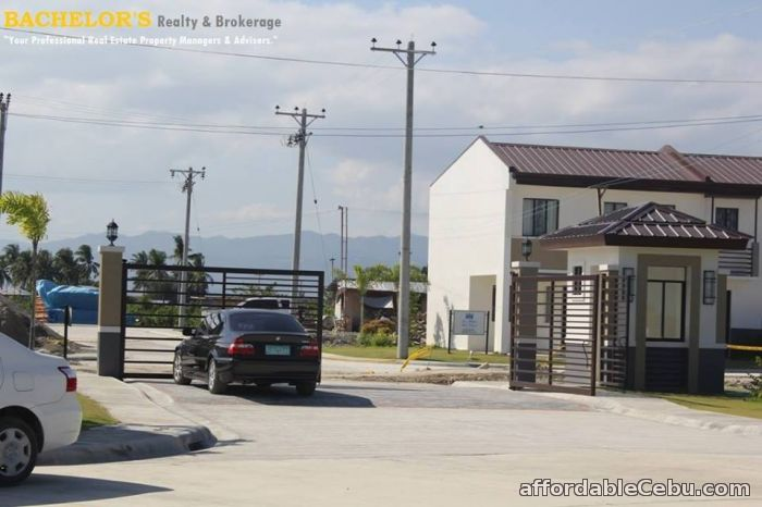 5th picture of Lapulapu City Park Place Duplex House 10,829 month For Sale in Cebu, Philippines