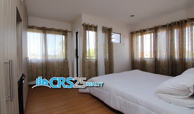 2nd picture of 5-Bedrooms Acasys Townhouse for Sale in Lapu Lapu Cebu with Condo Title For Sale in Cebu, Philippines