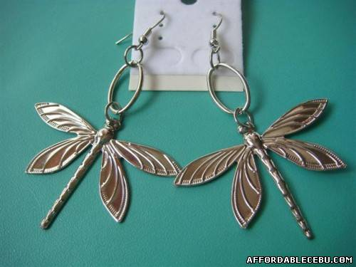 1st picture of earings for 50php each!!! For Sale in Cebu, Philippines