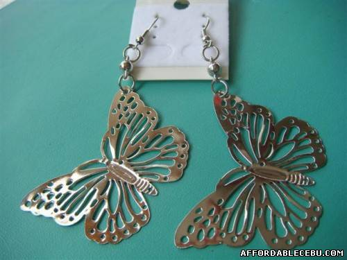 2nd picture of earings for 50php each!!! For Sale in Cebu, Philippines