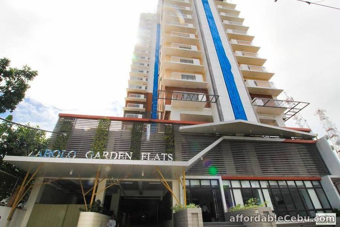 1st picture of Rooms for rent at  near at Ayala Center Cebu For Rent in Cebu, Philippines
