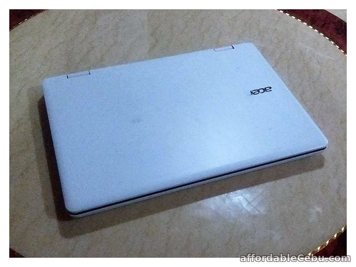 2nd picture of RUSH SALE! Acer Aspire R3-131T Laptop For Sale in Cebu, Philippines