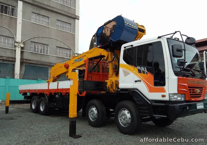 2nd picture of 15 tons crane truck for sale For Sale in Cebu, Philippines