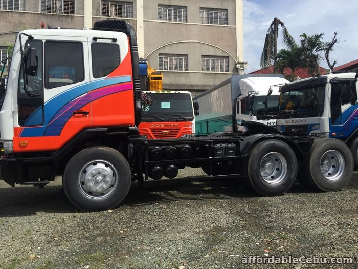 3rd picture of 10 wheeler Daewoo tractor head For Sale in Cebu, Philippines