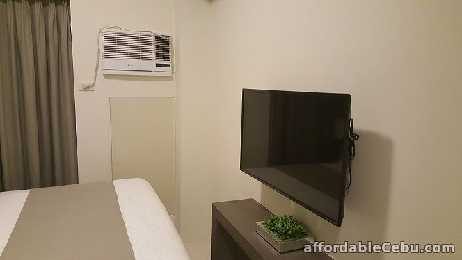 2nd picture of For Sale: Studio Unit at The Currency For Sale in Cebu, Philippines