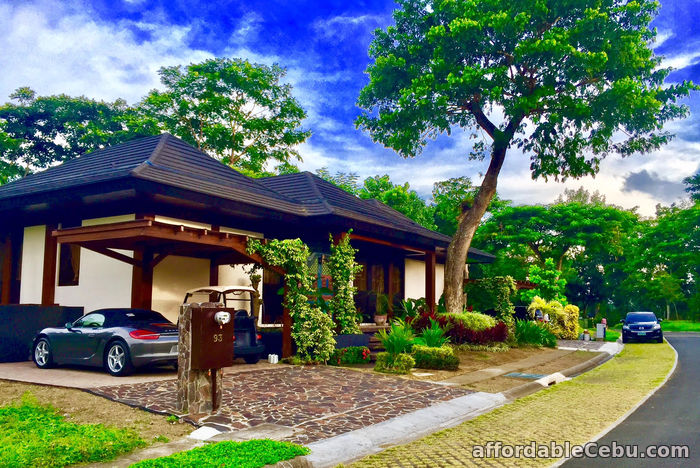 3rd picture of FOR SALE: Luxurious Fairway 3 Bedroom Home in Sta. Elena For Sale in Cebu, Philippines