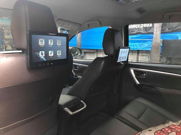 3rd picture of Toyota Fortuner V 2017 4x2 Looking For in Cebu, Philippines