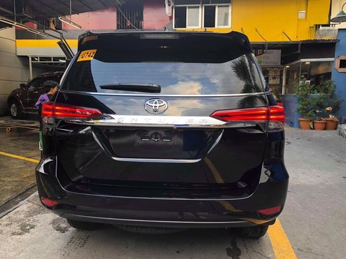 4th picture of Toyota Fortuner V 2017 4x2 Looking For in Cebu, Philippines