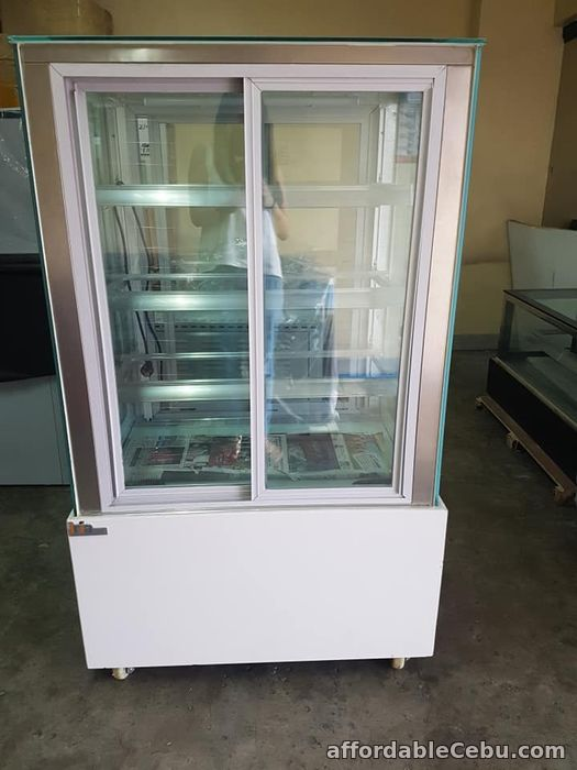 2nd picture of 3ft 4layers White Base Front and Back Opening Japanese Style Cake Chiller For Sale in Cebu, Philippines
