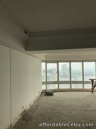 2nd picture of RUSH FOR SALE Golden Empire Tower, Roxas Blvd. For Sale in Cebu, Philippines