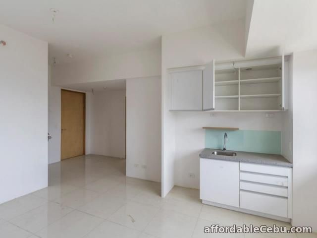 1st picture of 1 BEDROOM CONDO FOR SALE IN CEBU BUSINESS PARK., CEBU CITY For Sale in Cebu, Philippines