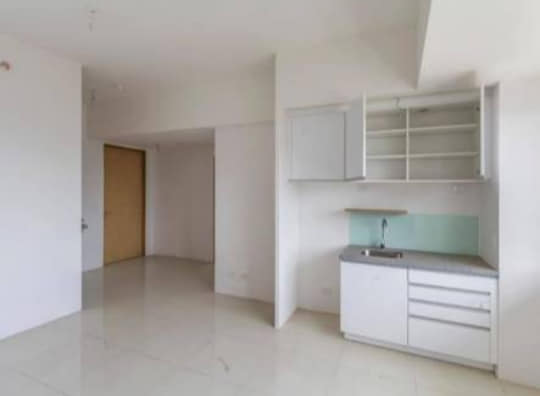 1st picture of 1 Bedroom Condo for Sale in Cebu Business Park. For Sale in Cebu, Philippines