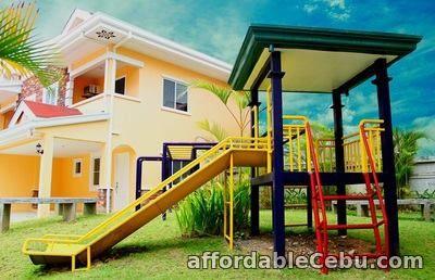 4th picture of PENTHOUSE- WOODCREST CONDOMINIUM For Sale in Cebu, Philippines