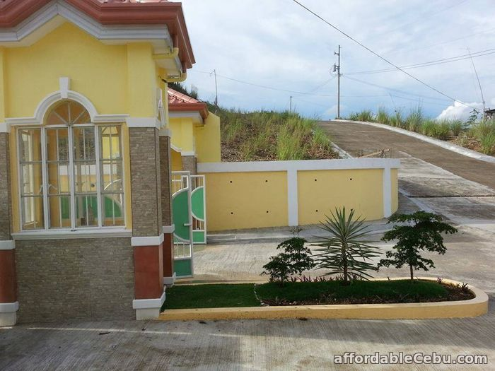 1st picture of RUSH LOT FOR SALE CLUB30 HEIGHTS For Sale in Cebu, Philippines