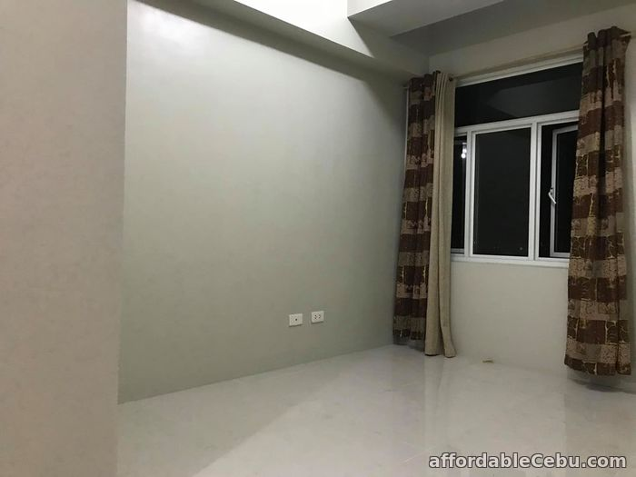 2nd picture of Studio Rent Vista Residences Taft (P17.5K furnished) For Rent in Cebu, Philippines