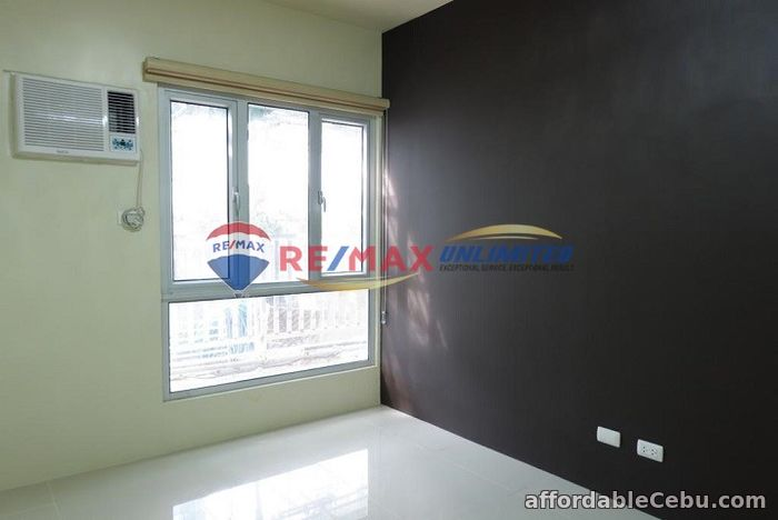 4th picture of RARE MONTANE (BGC) 1BR with Balcony For Lease For Rent in Cebu, Philippines