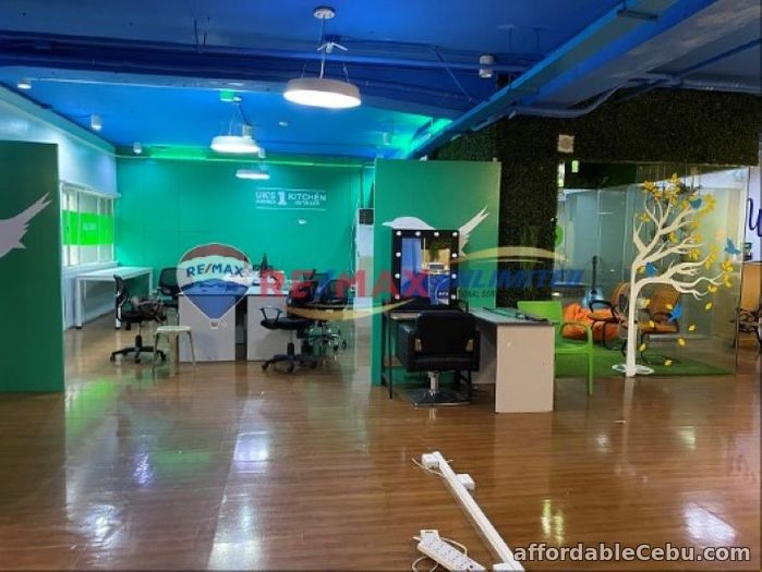 5th picture of Office Space in Salcedo St. Legaspi Village For Lease For Rent in Cebu, Philippines
