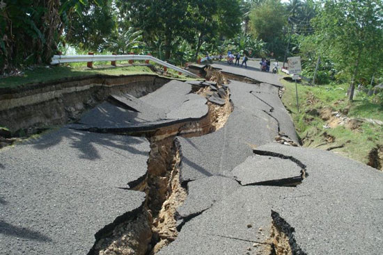 Picture of Pictures of Earthquake in Negros Occidental 2012