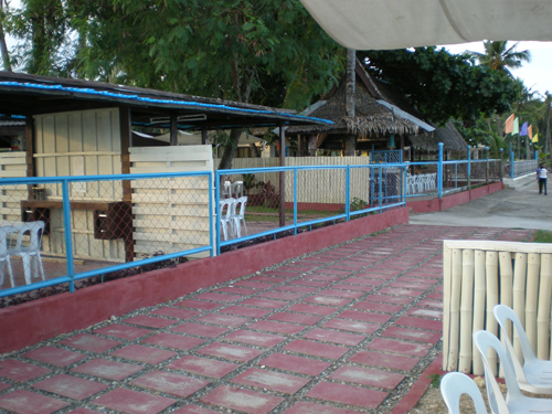 Guanzon Beach Resort Picture