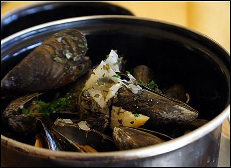 Asian-Style Greenshell Moules mariniere