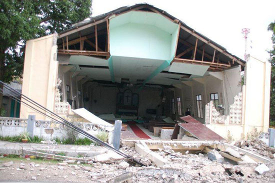 Quake destroyed a church in Negros Occidental